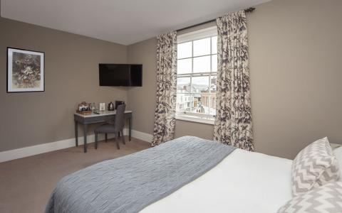 Standard room 10 at The Grosvenor Arms