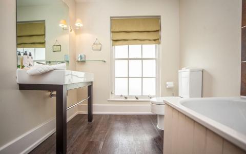 Premium room 2 bathroom at The Grosvenor Arms, Shaftesbury